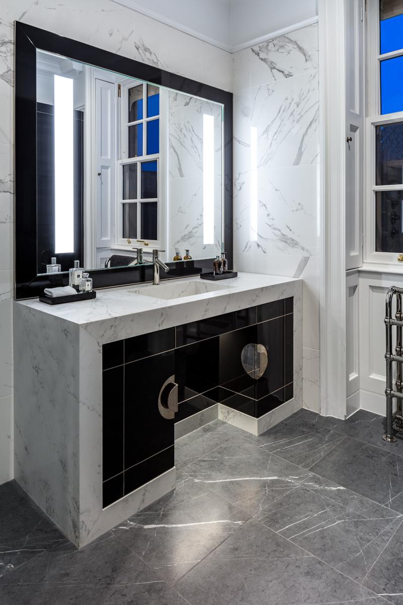Bathroom16.jpg