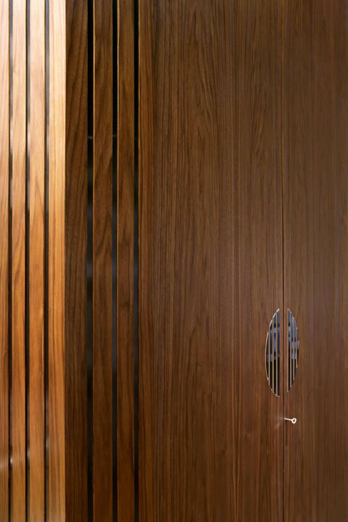 DoorsPanelling_27.jpg