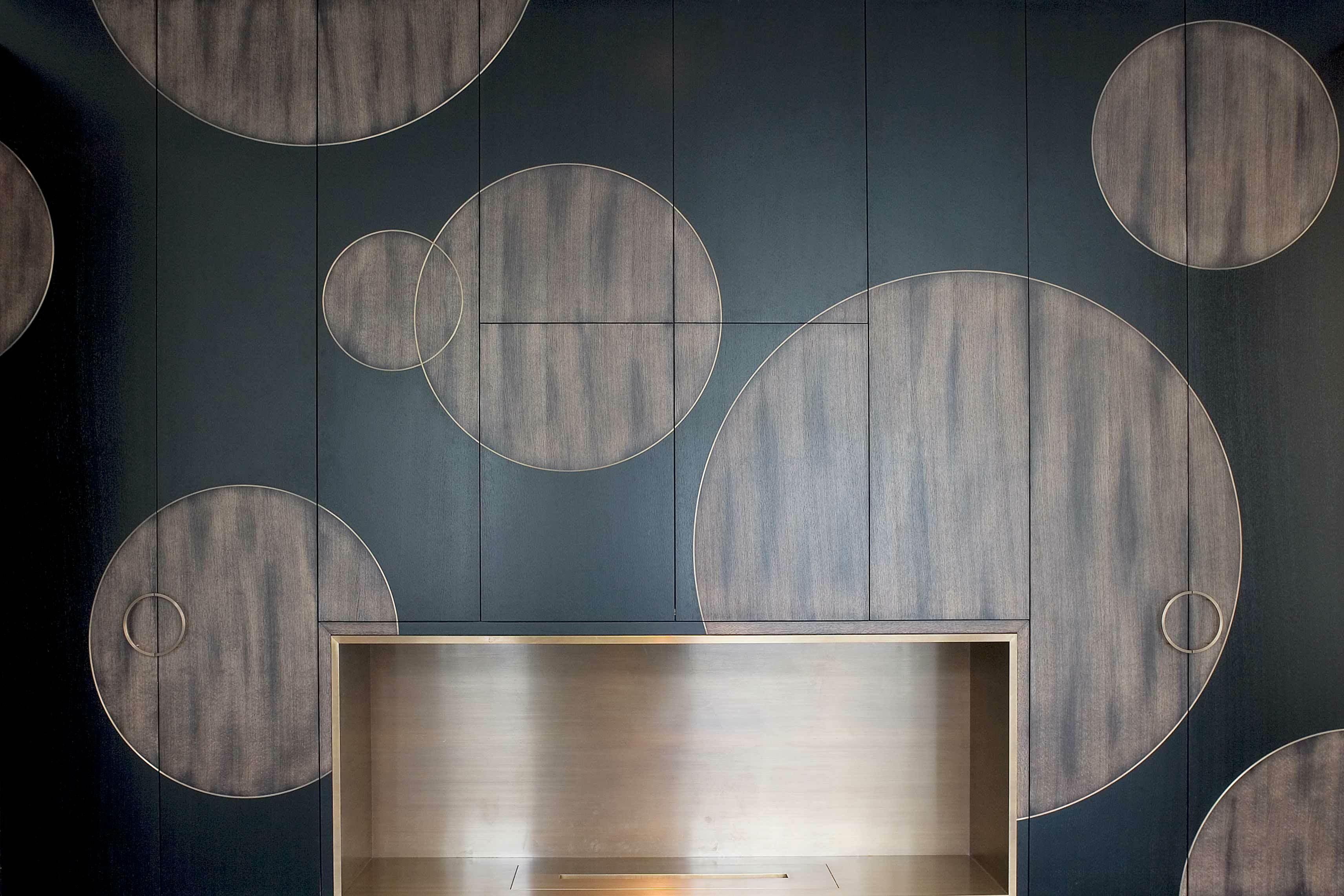 MR-Bar-Fireplace-4.jpg