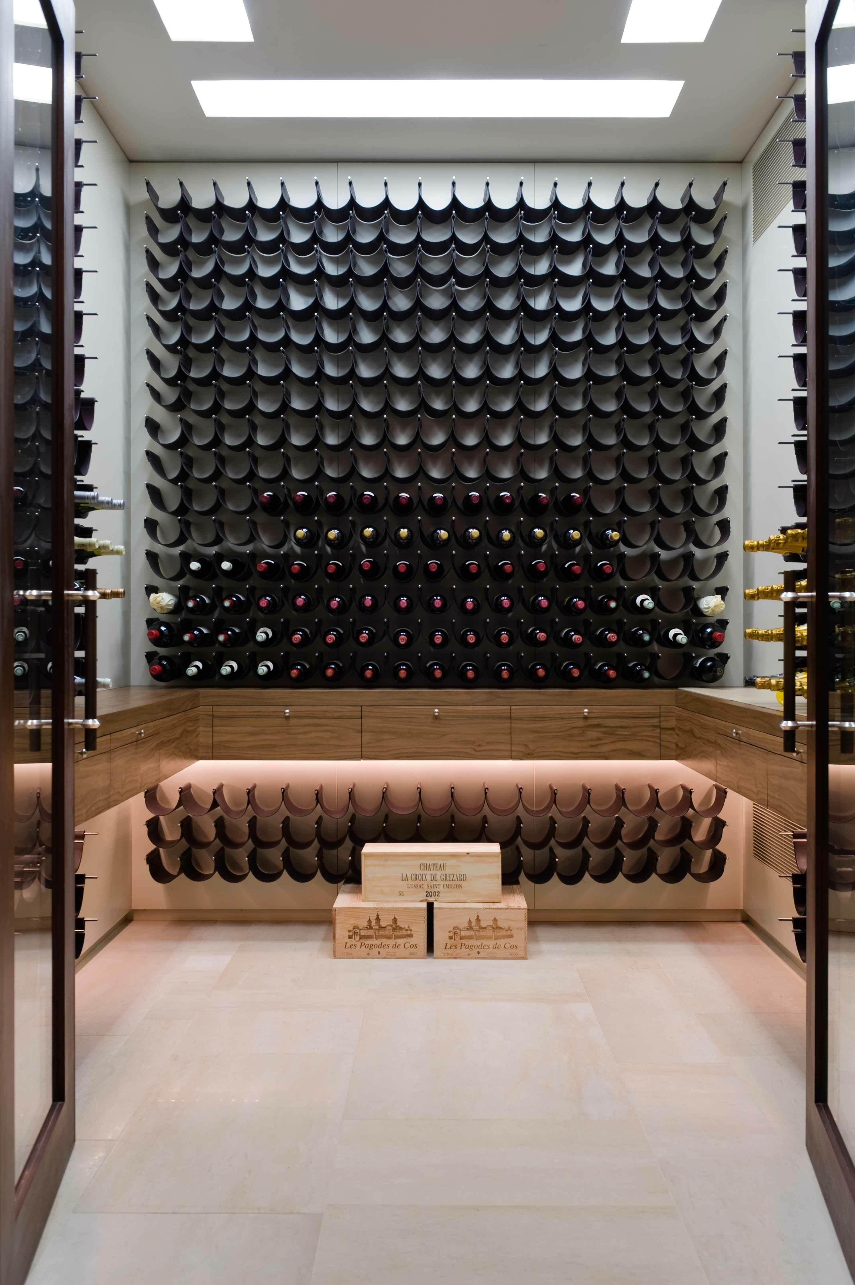 Wine-Stores-3.jpg
