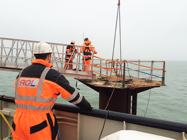 7703-DBB-Pile-Cutting-Underwater-Offshore-Piles-Steel-52.png