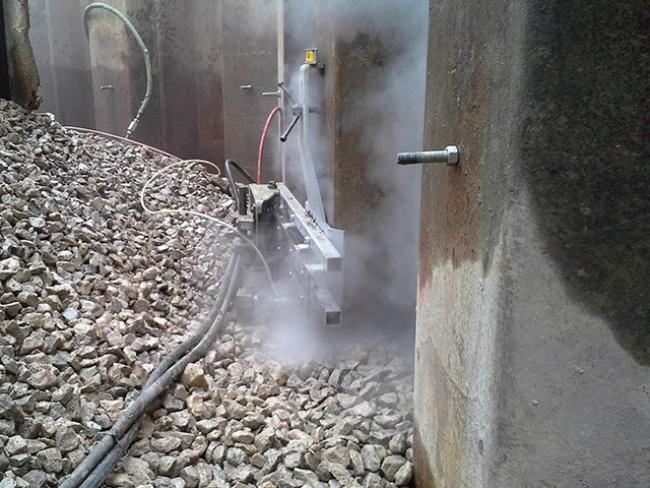 AWJCC-7516-Bombay-Sapphire-Mellor-Cutting-Steel-Larssen-Piles-Thick-Materials-Underwater-Marine-14.png