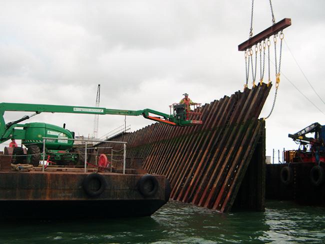 AWJCC-Steel-Larssen-Piles-Cut-6432-Red7-Marine-Underwater-Thick-Materials-9.png
