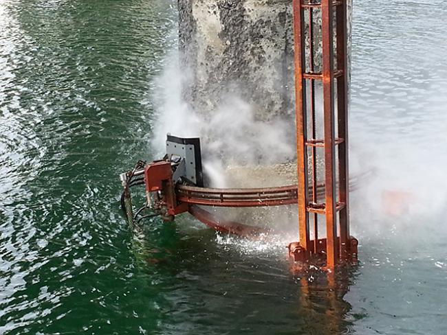 Artein-Bridge-Norway-Water-Jet-Hydrodemolition-and-Surface-Preparation-Of-Concrete-Piles-Bridge-Columns-11.png