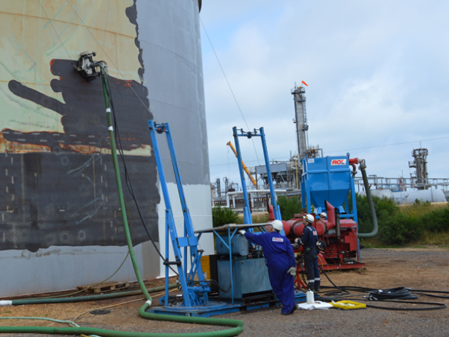 Surface-preparation-of-steel-tank-using-limpet-blast-head-and-water-jetting-technology.png