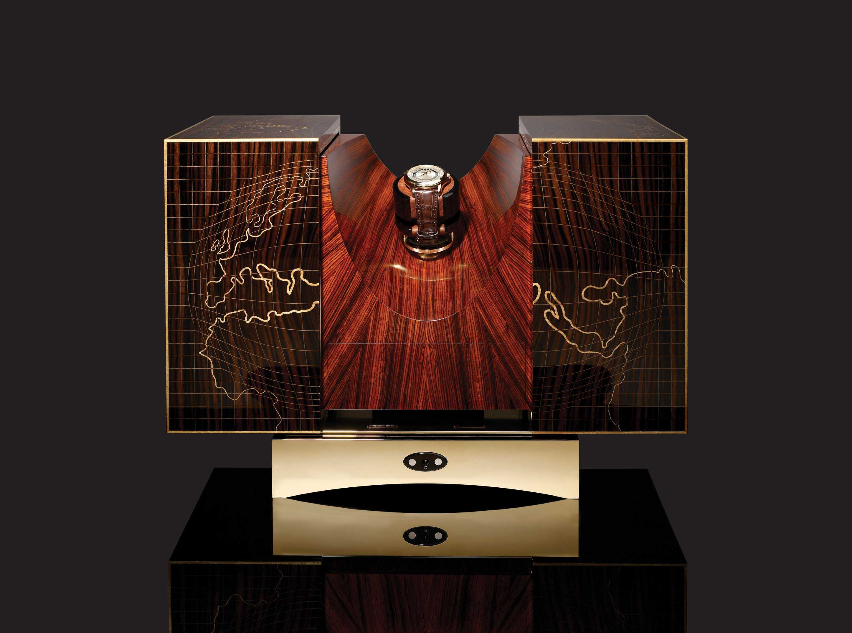 Macassar-ebony-boxwood-cocobolo-rosewood-and-23-carat-gold-open.jpg
